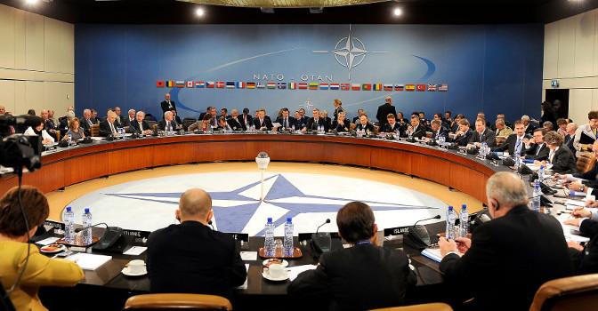 Partierna och Nato