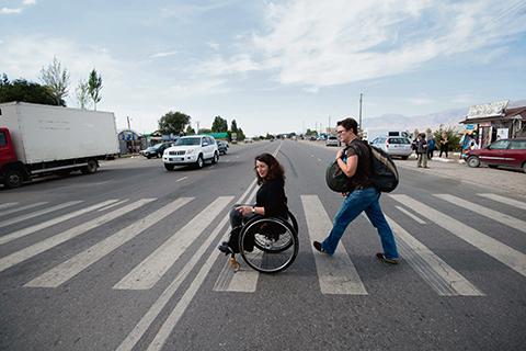 Kvinna, funktionshindrad och fri – en svår ekvation i Centralasien