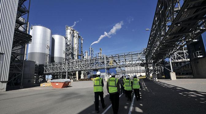 Massafabriken har delat kontinenten i tio år