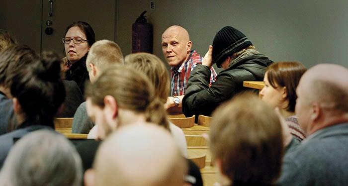 Thomas Wallgren var en av talarna då Diem25 samlades för diskussion i Helsingfors i mars.