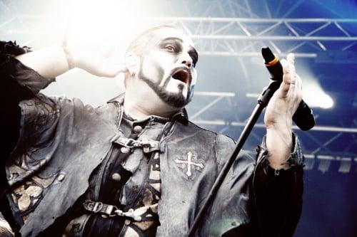 Attila Dorn i Powerwolf.