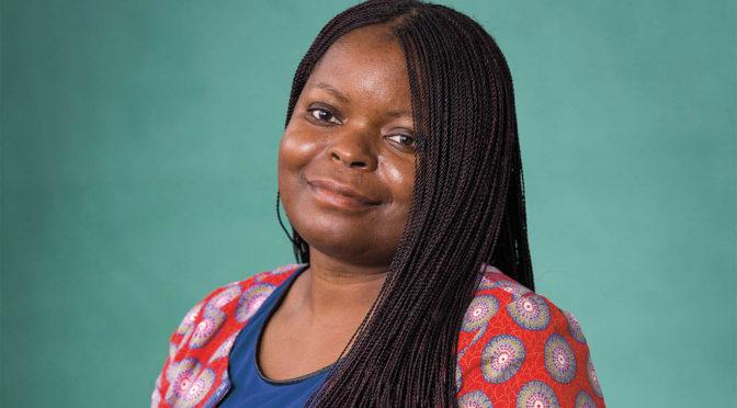 Petina Gappah ger vanliga zimbabwier muntur
